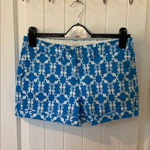 Crown and Ivy turquoise and White Sea horse shorts
